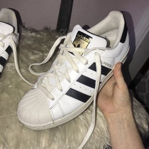 Adidas superstar white. Woman's 7 1/2